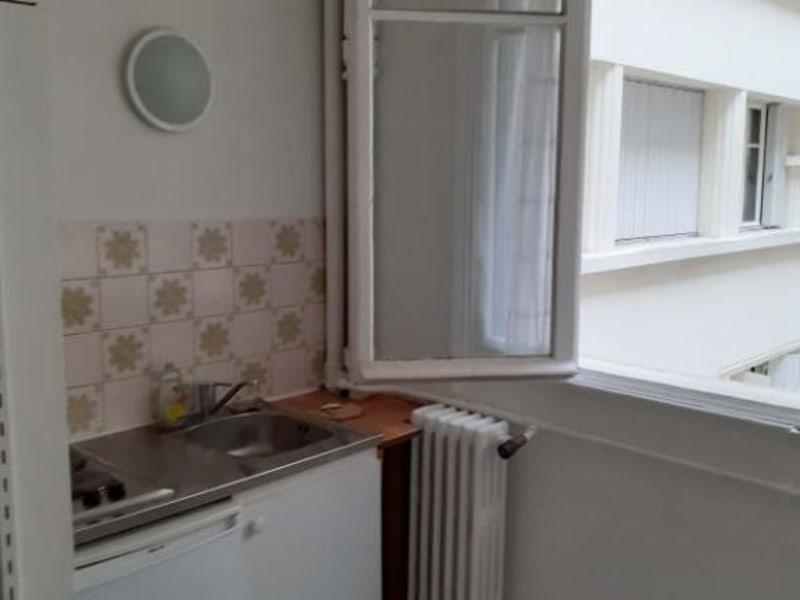 Rental apartment Paris 5ème 760€ CC - Picture 1
