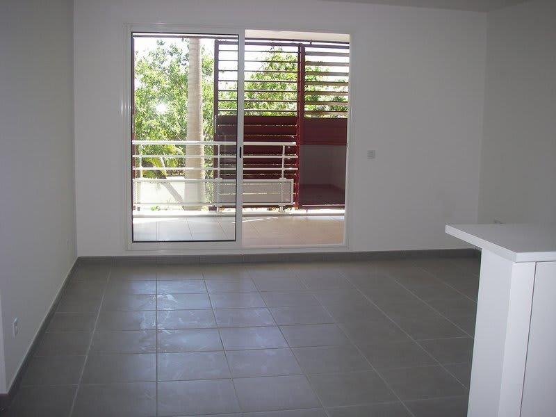 Location appartement St denis 675€ CC - Photo 6