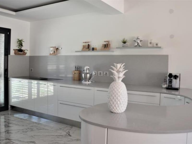 Deluxe sale house / villa La ciotat 840000€ - Picture 1