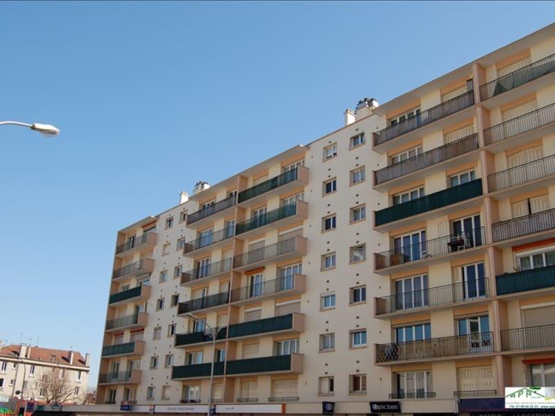 Rental apartment Juvisy sur orge 819,12€ CC - Picture 1