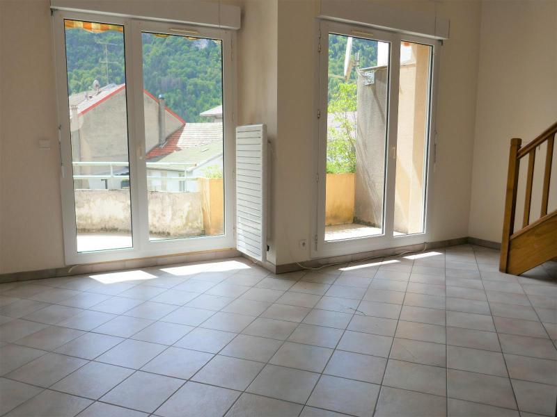 Sale apartment Nantua 115000€ - Picture 2