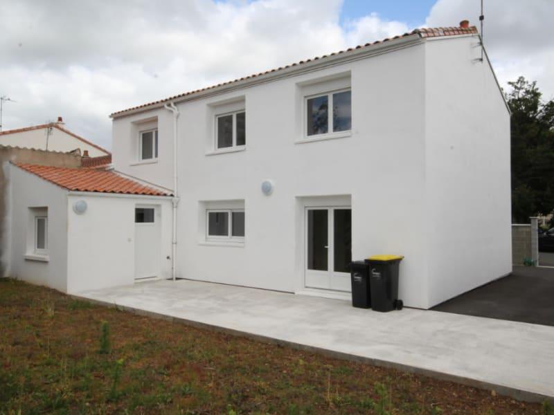 Vente maison / villa Fontenay le comte 226400€ - Photo 2