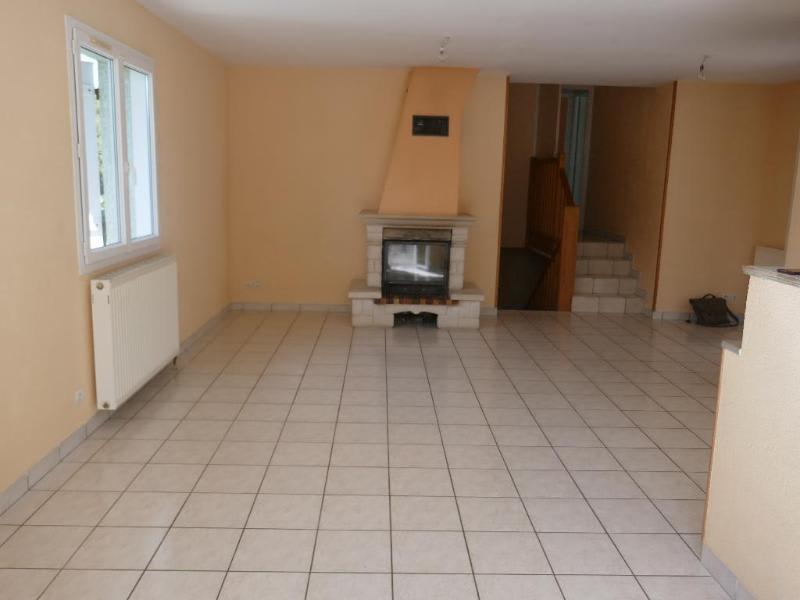 Location maison / villa Ceignes 770€ CC - Photo 6
