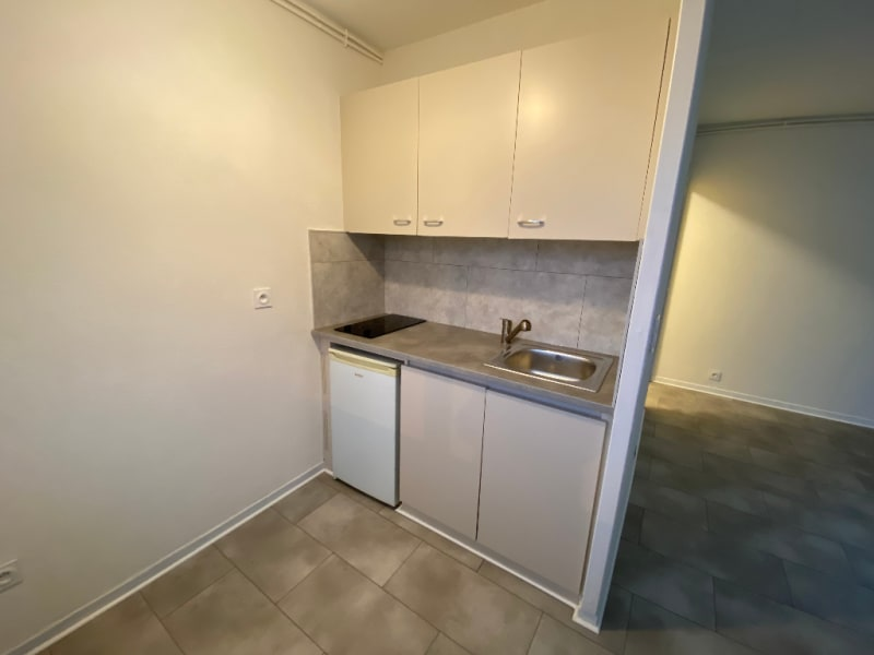 Rental apartment La roche sur foron 490€ CC - Picture 3