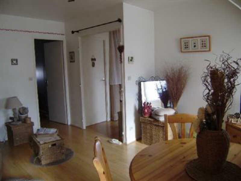 Sale apartment Orry la ville 150000€ - Picture 3