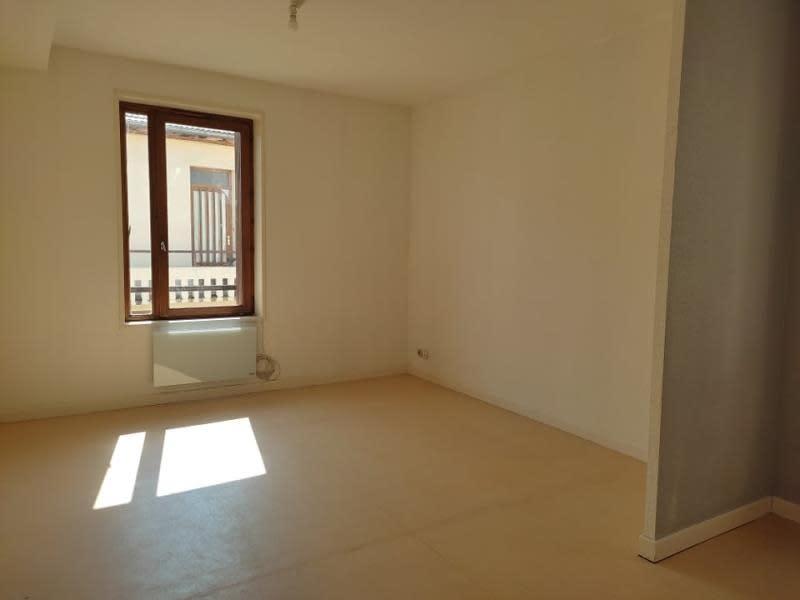 Rental apartment Roanne 412€ CC - Picture 2