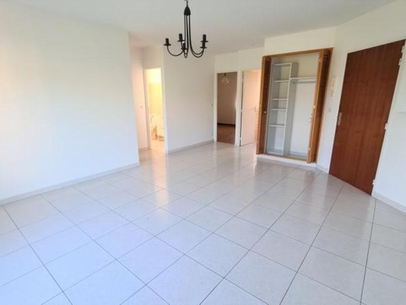 Location appartement Maule 870€ CC - Photo 3