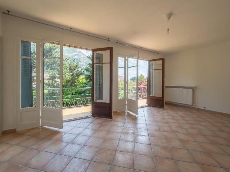 Location maison / villa Saint egreve 1290€ CC - Photo 1