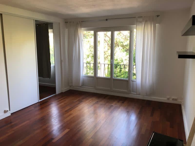 Rental apartment Villennes sur seine 850€ CC - Picture 2