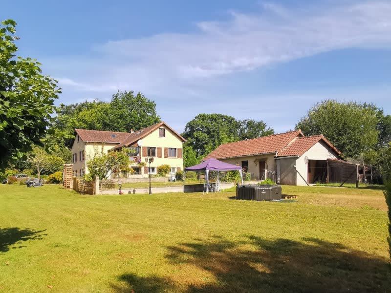 Sale house / villa Ladignac le long 331000€ - Picture 1