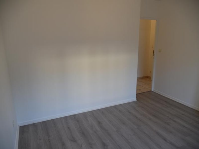 Location appartement Oyonnax 560€ CC - Photo 7