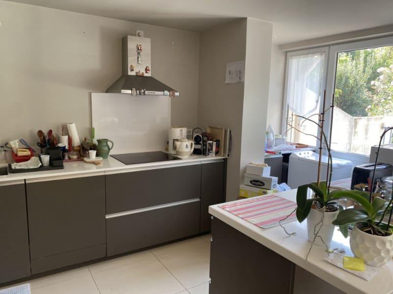 Sale apartment Villeneuve les avignon 398000€ - Picture 6