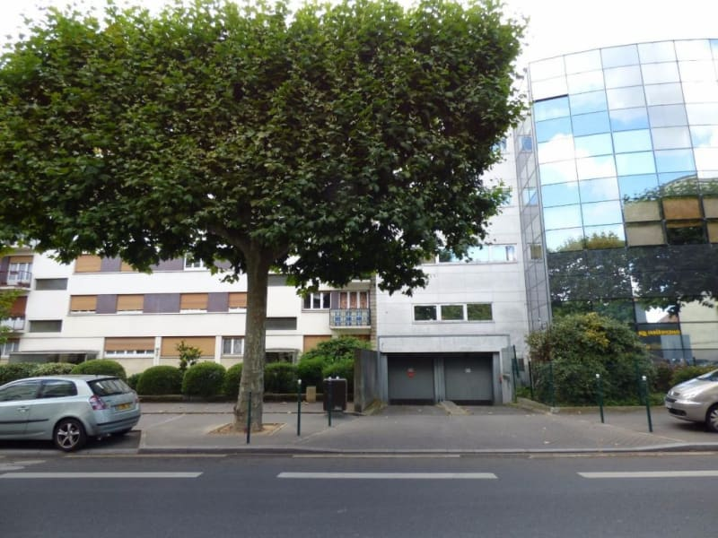 Rental parking spaces Colombes 100€ CC - Picture 1