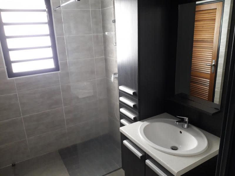Rental apartment St denis 1500€ CC - Picture 5