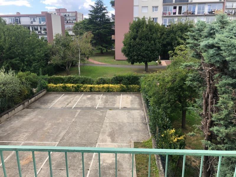 Location appartement Houilles 750€ CC - Photo 5