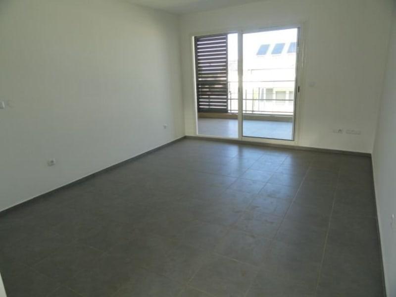 Location appartement La saline les bains 740€ CC - Photo 1