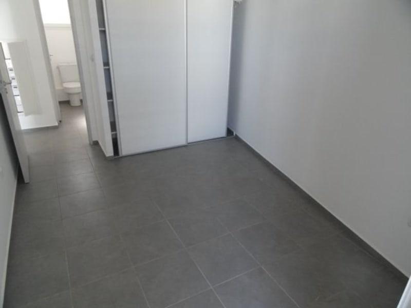 Location appartement La saline les bains 740€ CC - Photo 6