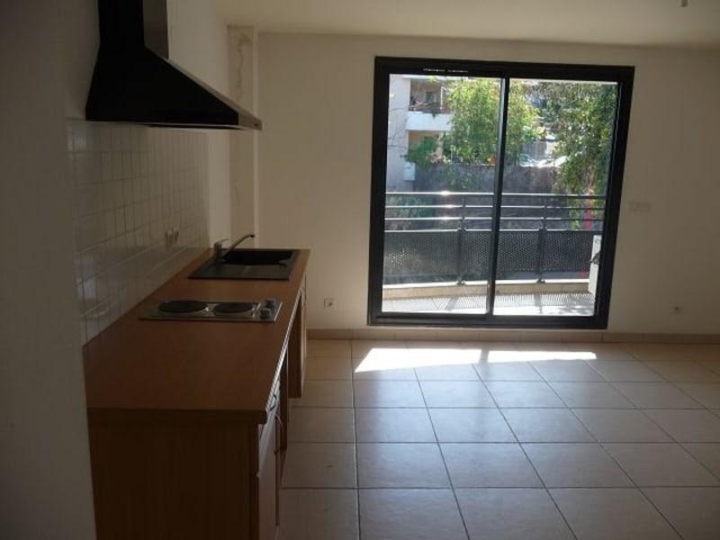 Location appartement La possession 530€ CC - Photo 3
