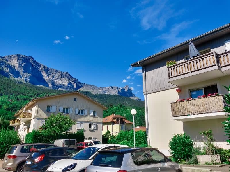 Sale apartment Chedde 185000€ - Picture 2