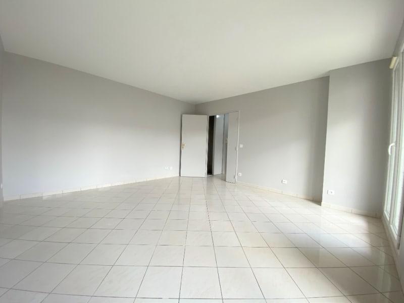 Rental apartment Saint ouen l aumone 950€ CC - Picture 5