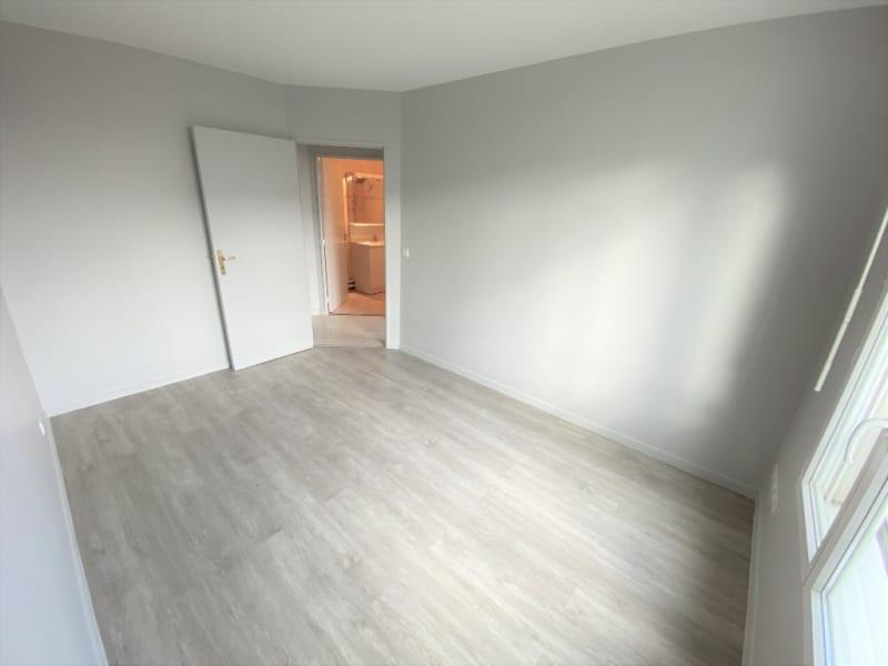 Rental apartment Saint ouen l aumone 950€ CC - Picture 12