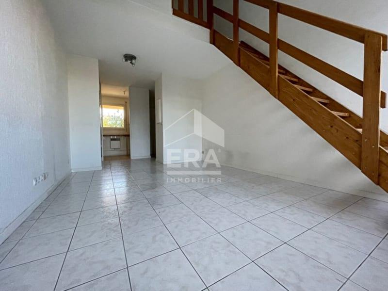 Rental apartment Brie comte robert 710€ CC - Picture 1
