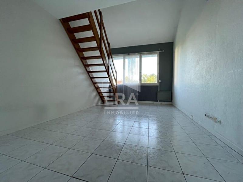 Rental apartment Brie comte robert 710€ CC - Picture 2