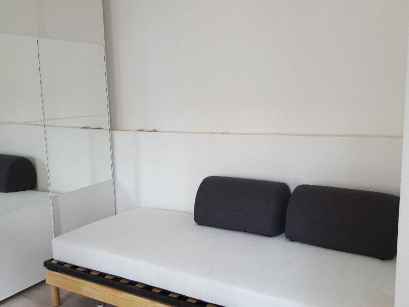 Location appartement Poissy 562,53€ CC - Photo 2