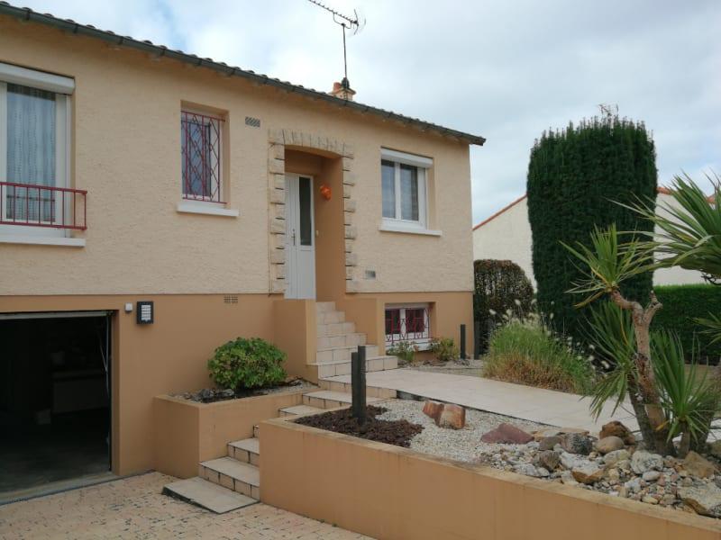 Sale house / villa Aiffres 218400€ - Picture 1