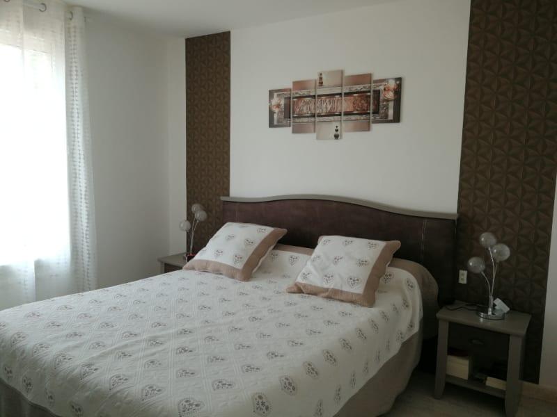 Sale house / villa Aiffres 218400€ - Picture 4