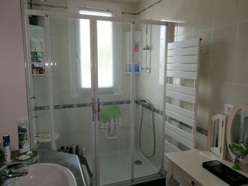 Sale house / villa Aiffres 218400€ - Picture 7