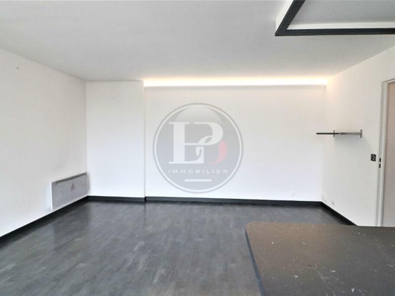 Sale apartment Elancourt 183000€ - Picture 1