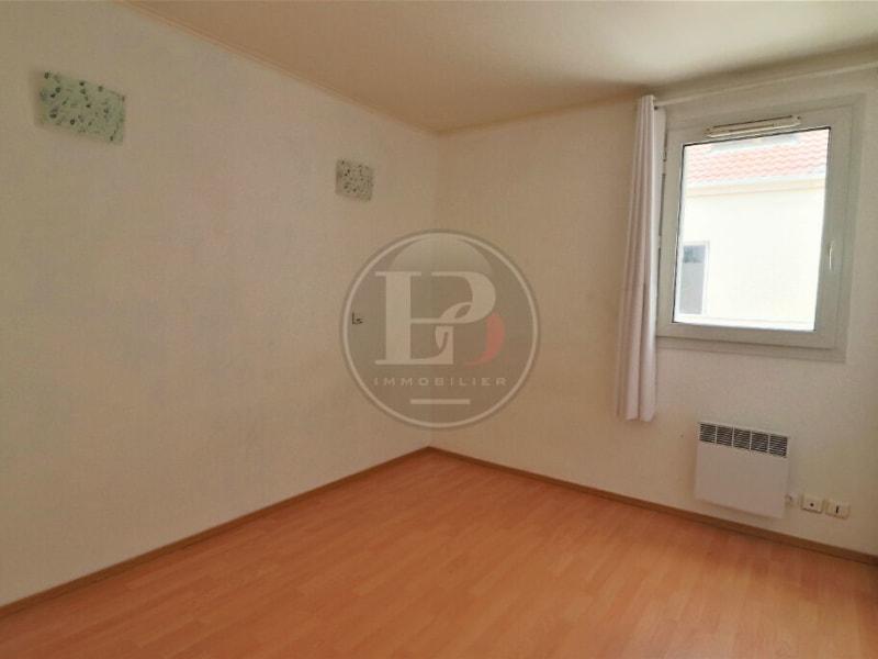 Sale apartment Elancourt 183000€ - Picture 2