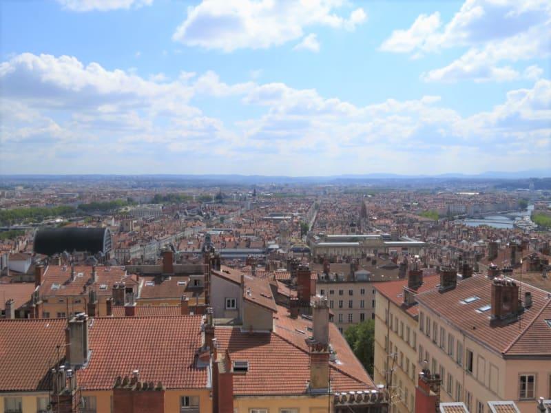 Sale apartment Lyon 1er 338000€ - Picture 2