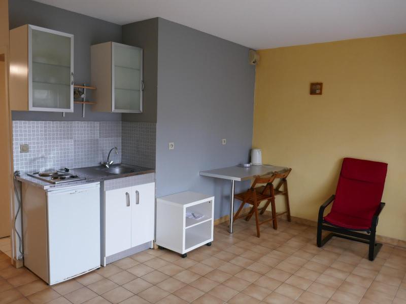 Rental apartment Port 346€ CC - Picture 4