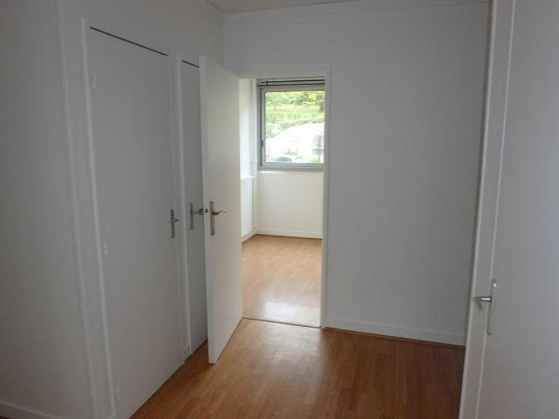 Location appartement Chaville 1060€ CC - Photo 4