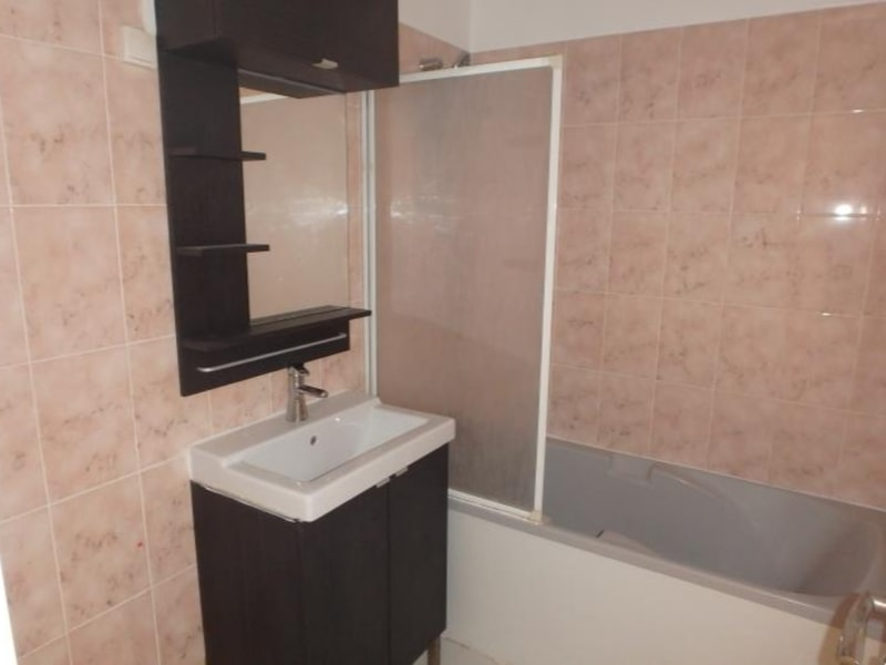 Location appartement Chaville 1060€ CC - Photo 6