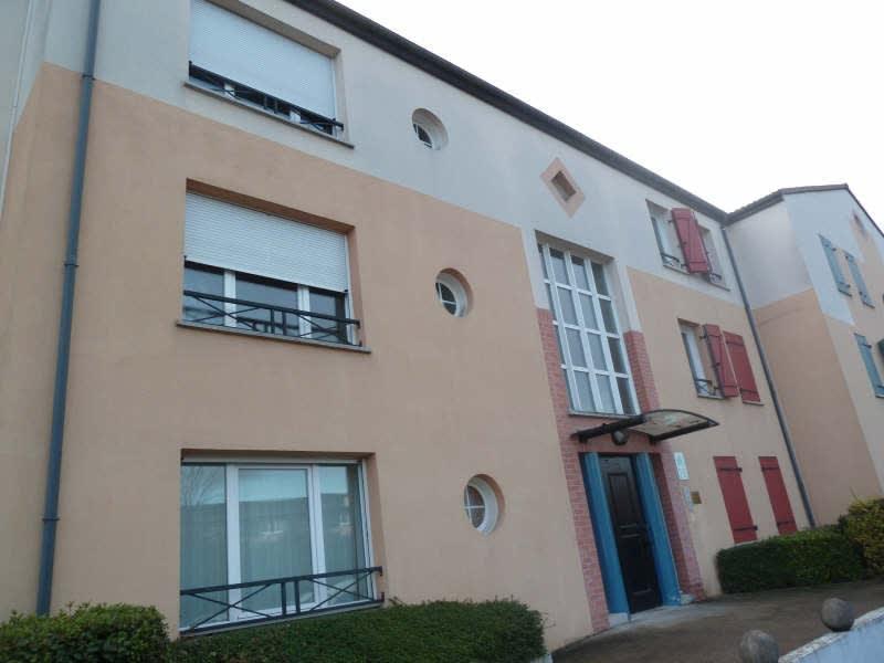 Rental apartment Vaureal 725€ CC - Picture 1