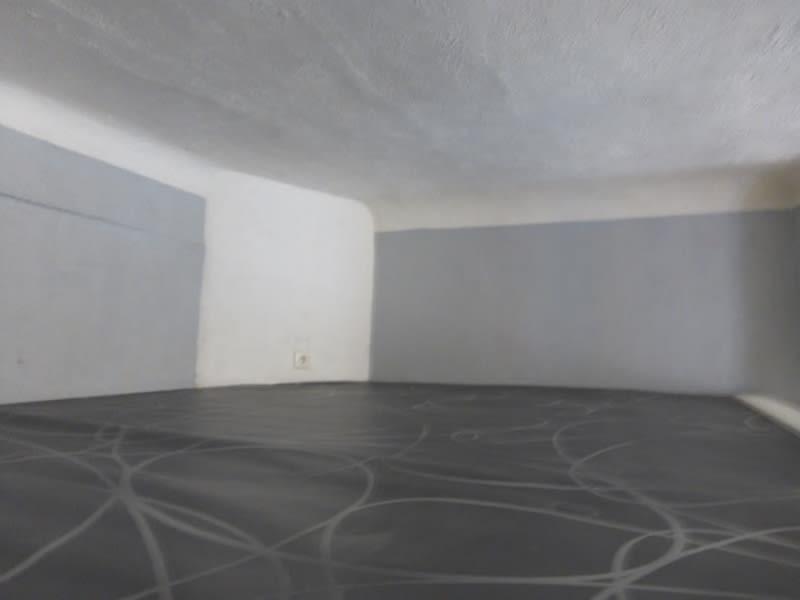 Rental apartment Barjols 350€ CC - Picture 5