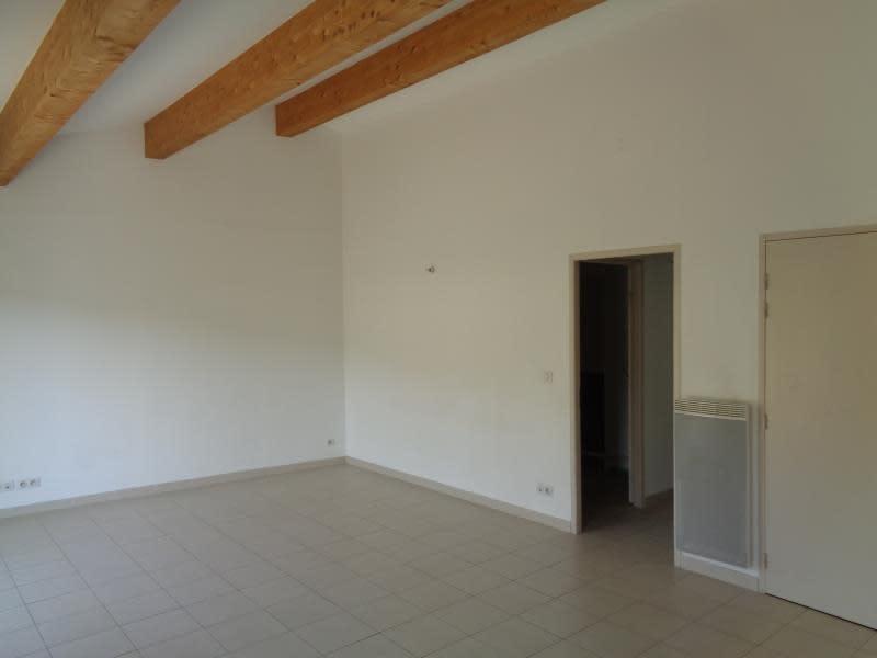 Sale apartment Pourcieux 240000€ - Picture 3