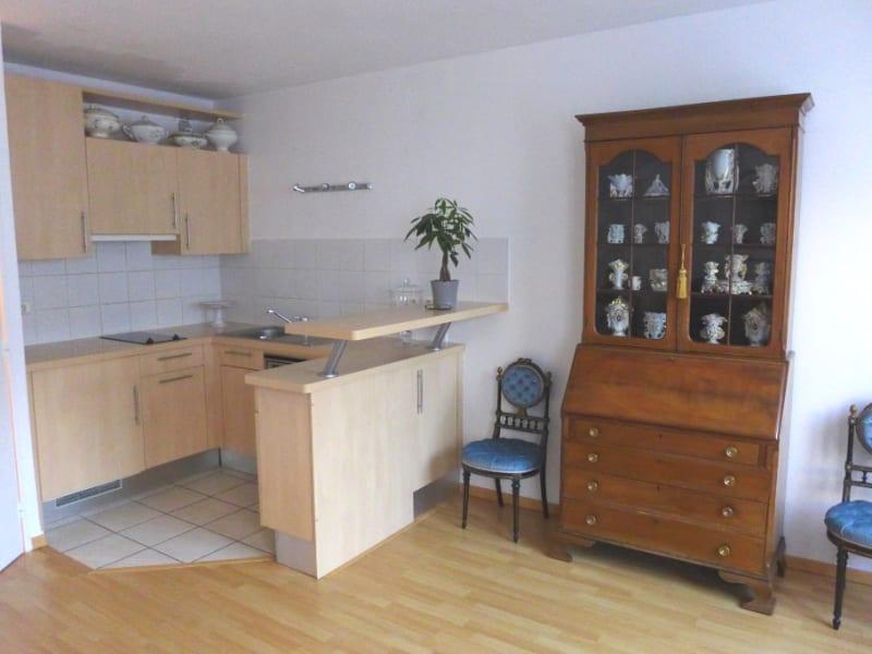Rental apartment Garches 722€ CC - Picture 2