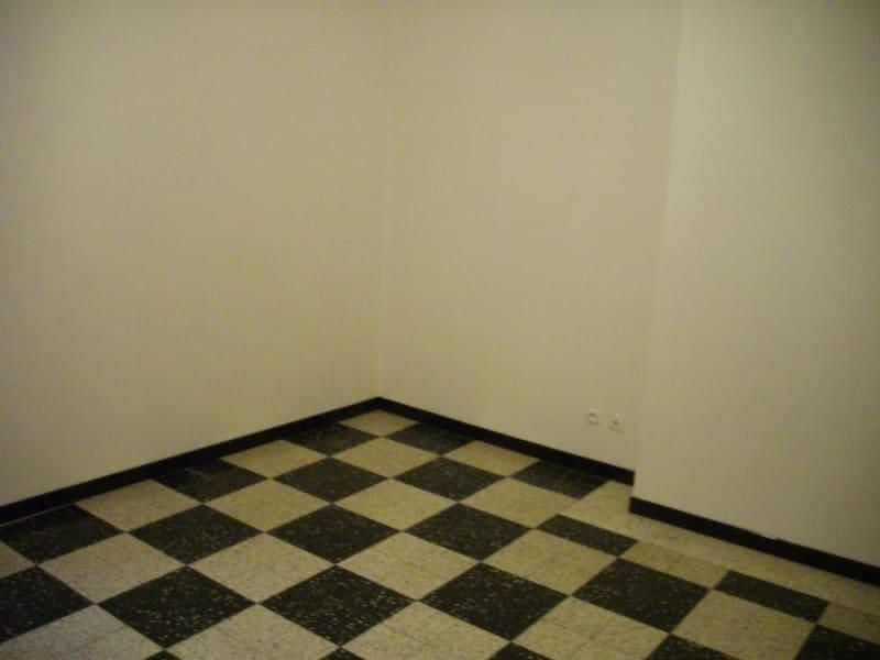 Rental apartment Aire sur la lys 396€ CC - Picture 4