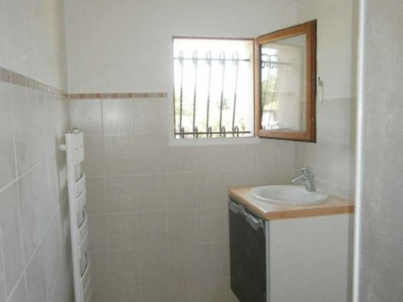 Location maison / villa Prignac et marcamps 617€ CC - Photo 5