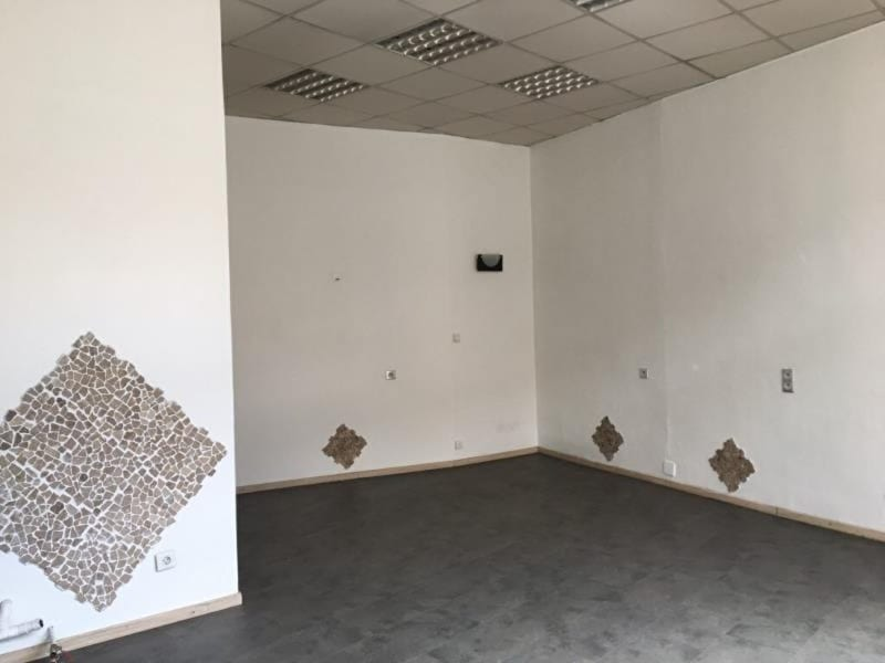 Rental office Ste colombe 480€ CC - Picture 2