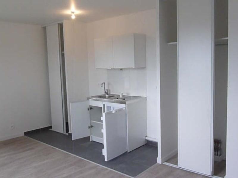 Rental apartment Cergy 591,41€ CC - Picture 5