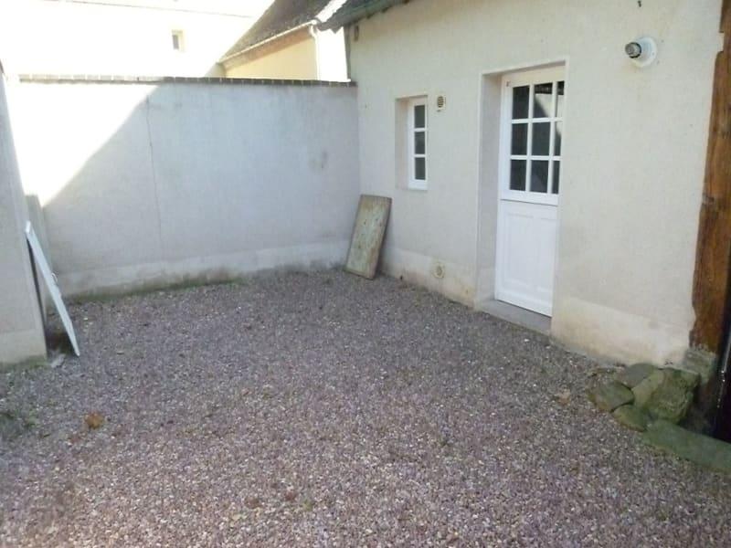 Location maison / villa Verneuil d avre et d iton 588,40€ CC - Photo 9