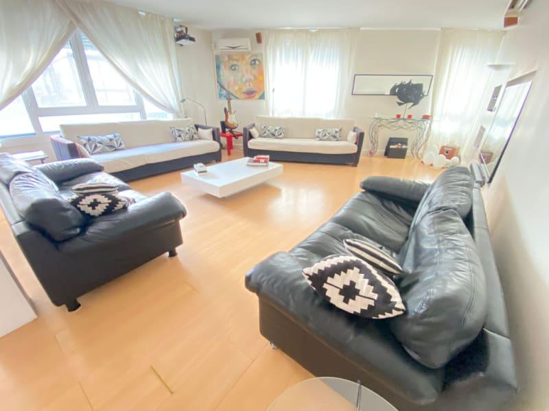 Sale apartment Paris 11ème 1820000€ - Picture 3