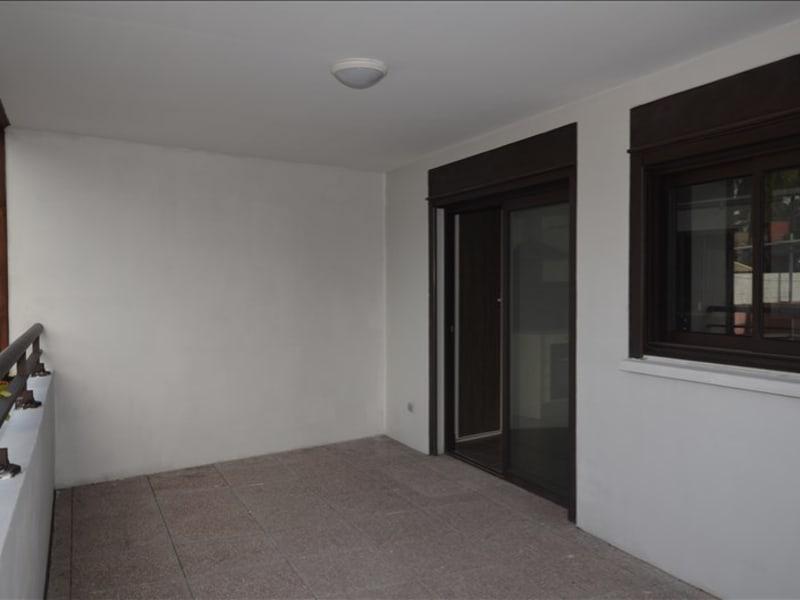 Rental apartment Saint pierre 584€ CC - Picture 4