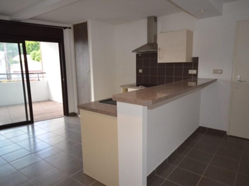 Rental apartment Saint pierre 584€ CC - Picture 5