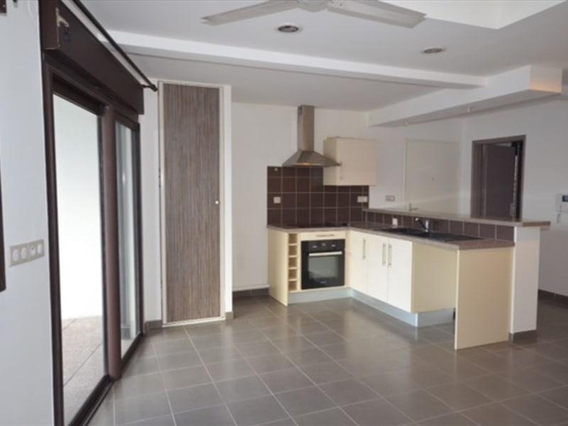 Rental apartment Saint pierre 584€ CC - Picture 6
